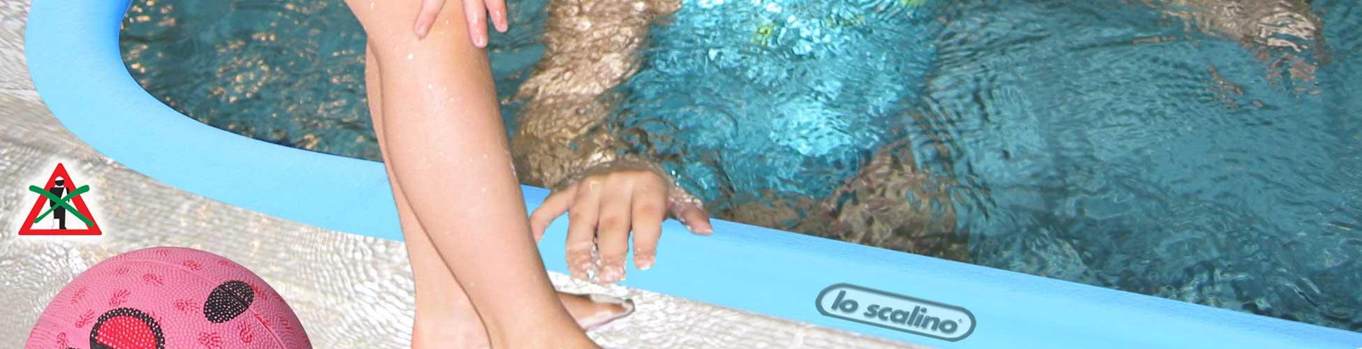 Strisce antiscivolo per gradini scale pavimenti grigliati for Adesivi per piscine