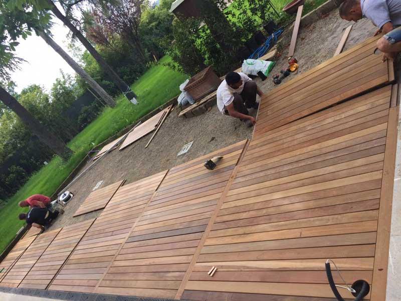 Pavimentazione Da Giardino In Legno : Fornitura posa in opera pavimenti in legno per esterni interni scale